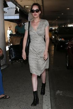 DAKOTA JOHNSON style PICTURES PHOTOS and IMAGES