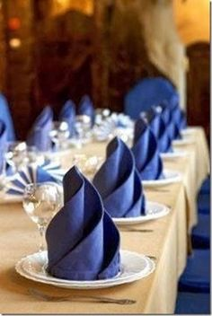 20 Plus Napkin Folding Styles Folded napkins are an easy way to Impress your guests & family! See 20 plus napkin folding styles including fun shapes, simple techniques & holiday styles! Wedding Napkins, Wedding Table, Wedding Receptions, Wedding Ideas, Diy Wedding, Reception Decorations, Trendy Wedding, Wedding Stuff, Blue Wedding Decorations