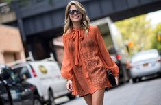 nyfw-orange-boho-lace-mini skirt-bow blouse-boho-70s-mirrored sunglasses-nyfw-nyfw-via-the styleograph