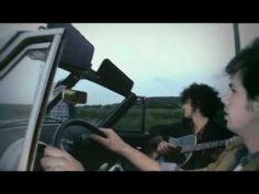 ▶ Revolver - Get Around Town (clip officiel) - YouTube