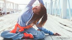 Picture of Fitness sport girl in fashion sportswear doing yoga fitness exercise in the street. stock photo, images and stock photography. Most Nutritious Foods, Healthy Foods To Eat, Get Healthy, Super Healthy Recipes, Healthy Dinner Recipes, Skinny Ms, Outdoor Workouts, Yoga Fitness, Fitness Sport