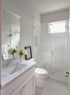 Frameless shower door makes the bathroom look bigger. Frameless Shower Doors for Bathroom – 22 Pics Diy Bathroom, Bathroom Tile Designs, Bathroom Renos, Bathroom Layout, Bathroom Flooring, Shower Bathroom, Gold Bathroom, Simple Bathroom, Relaxing Bathroom