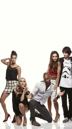 The 100 cast // Marie Avgeropoulos, Eliza Taylor, Ricky Whittle, Lindsey Morgan, Devon Bostick