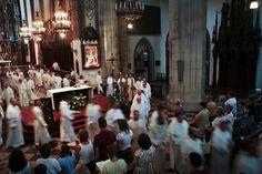 Procesja po nieszporach. Salve regina w Krakowie. Chorał gregoriański. #dominikanie #dominicans #kraków #cracow #gregorian chant #salve regina #nieszpory #liturgia #liturgy