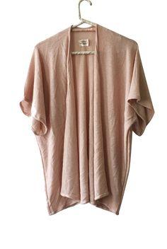 Kimono palo de rosa  #kimono #lightpink #outerwear #recycledfabric #ecobrand #sustainablefashion #bohochic #madewithlove #residuozero