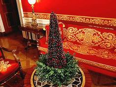 Christmas Cranberry Topiary...based on a White House Christmas arrangement.  Very elegant!