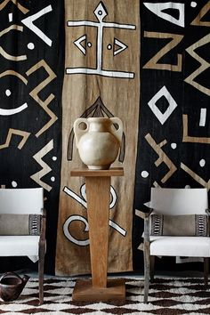Une grange aux couleurs tribales - PLANETE DECO a homes world Tribal Home Decor, African Home Decor, Ethnic Decor, Home Decor Uk, Interior Styling, Interior Decorating, African Interior Design, African Furniture, Casa Cook