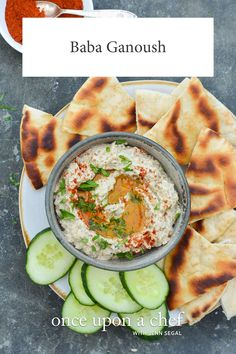 Baba Ganoush Middle Eastern Dishes, Middle Eastern Recipes, Appetizer Dips, Appetizer Recipes, Party Appetizers, Baba Ganoush, Healthy Snacks, Delicious Snacks, Vegan Snacks