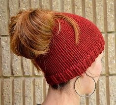A beanie with a twist! This is a ponytail-friendly hat for those of us who like to wear high ponies in the winter, but still want to keep our ears warm.