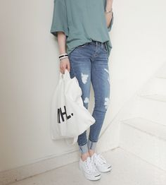 Learn About These Best casual korean fashion 5137 Korean Fashion Trends, Asian Fashion, Love Fashion, Fashion Design, Fashion Styles, Fashion Ideas, Fashion Hacks, Korean Fashion Summer Street Styles, Fashion Men