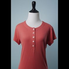CAbi $128 Coral Cap Sleeve Stretch Top M CAbi $128 Coral Cap Sleeve Stretch Button Front Casual Top Size M CAbi Tops