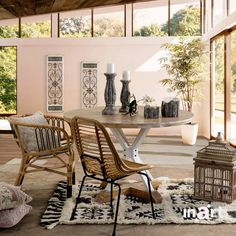 Sit down and talk about your day's moments. Laugh and then laugh some more… With friends around, life seems extra beautiful, right? Shabby Chic Style, Outdoor Furniture, Outdoor Decor, Friends, Life, Beautiful, Home Decor, Amigos, Decoration Home