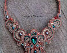 Elegant Soutache Oriental Necklace Soutache by MagicalSoutache Beige Necklaces, Handmade Necklaces, Handmade Jewelry, Green Necklace, Blue Earrings, Tassel Earrings, Boho Jewelry, Beaded Jewelry, Jewelery
