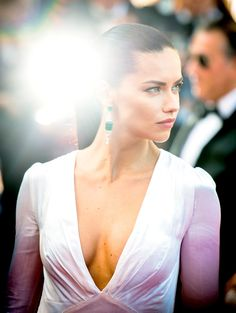 Adriana Lima from The Big Picture: Today's Hot Pics  The Victoria's Secret angel is just radiant on the red carpet for the screening of Julieta in Cannes.