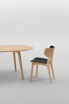 Roundish Armless Chair von MARUNI | Restaurantstühle