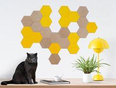 Fancy - 24 wooden tiles for walldecor / 12 beech wood + 12 color tiles