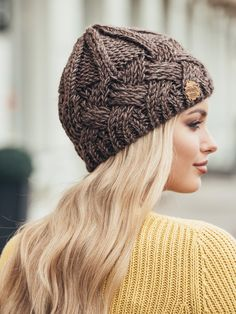 Black Winter hat for women Knitted Wool hat White Brown Biege Chunky Knit Hat Gray Dark blue Pink hat Autumn clothes Beanie Fall Apparel – Knitting patterns, knitting designs, knitting for beginners. Baby Beanie Crochet Pattern, Crochet Hat Size Chart, Rosa Hut, Knitted Hats, Crochet Hats, Free Crochet, Wool Hats, Popular Crochet, Winter Hats For Women