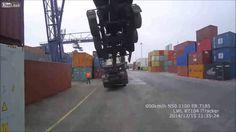 Zvedání kontejneru   Mrkni.se