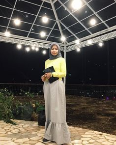 #fashion #ootd #lookbook #lookbookindonesia #vogue #girlcrush #hijab #hijabfashion #hijabstyle #hijaboutfit #outfitoftheday #yellow #cardigan #dress #dresses #pouch #bulb #light #beautiful #pretty #dope #charming #unique #japanese