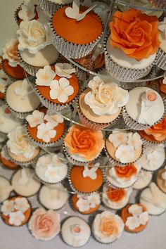 racy James Orange, Peach & white cupcakes