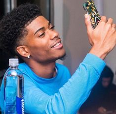 Read 👱🏽♂️Boys from the story ✨Book : le monde des photos✨ by lacrim_lalia (Lalia💍) with 387 reads. Cute Lightskinned Boys, Cute Black Guys, Gorgeous Black Men, Beautiful Men, Fine Black Men, Handsome Black Men, Handsome Boys, Black Women, Dark Skin Boys