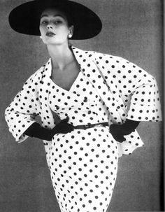 love fashion from the 50s . . . so clean. so chic.