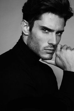diego barrueco, model, and diegobarrueco image Diego Barrueco, Modell und Diegobarrueco Bild Portrait Photography Men, Photography Poses For Men, Men Portrait, Male Portraits, Male Fashion Photography, Photography Composition, Mobile Photography, Photography Business, Street Photography