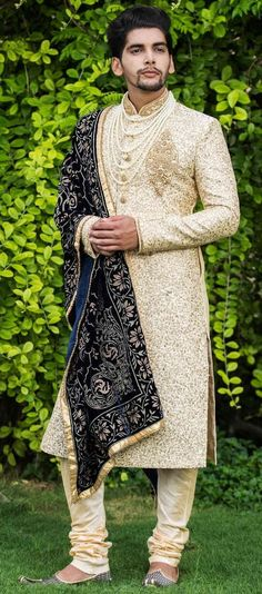 Weddings Discover Luxurious Embroidered Sherwani Stylish Sherwani with the Touch of Golden Sequin work - Virat Collection by Manyavar Best Indian Wedding Dresses, Wedding Dress Men, Indian Wedding Outfits, Wedding Outfits For Men, Indian Weddings, Wedding Suits, Indian Dresses, Wedding Couples, Wedding Ideas