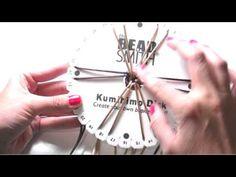 Pulsera a Espiral con Telar Kumihimo