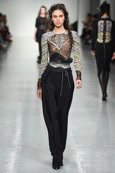 Antonio Berdardi Autumn/Winter 2017 Ready-to-wear | British Vogue