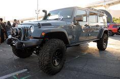 rubicon4wheeler: Six Pak Extra-Long-Wheelbase Jeep Wrangler JK