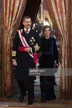 Queen Letizia of Spain and King Felipe VI of Spain attend the Pascua Militar ceremony at the Royal Palace on January 6, 2018 in Madrid, Spain.