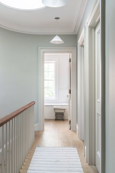 Plain English Kitchen in Brooklyn: An Old-Style Townhouse Gut Remodel by Elizabeth Roberts Architects - Flur Hall Paint Colors, Hallway Wall Colors, Hallway Colour Schemes, Hall Colour, Hallway Paint, Hallway Walls, Best Paint Colors, Room Colors, Paint Bathroom