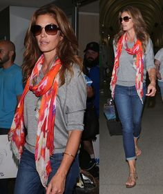 Cindy Crawford - great style - neutrals with a pop of color
