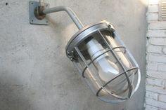 Industriële  wandlamp / buitenlamp  Bully