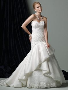 Organza Re-Embroidered Hand-Beaded Sweetheart Chantilly Lace Bodice A-line Wedding Dress
