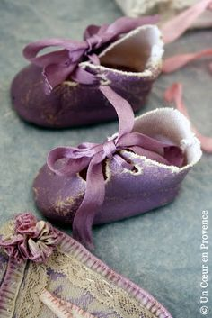 A Heart in Provence: plum booties