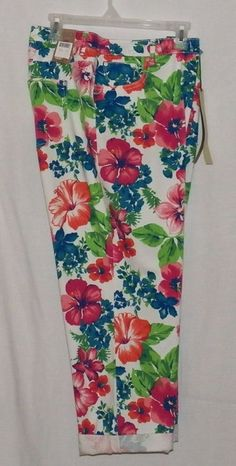 Capri Misses Size  Hannah Denim Co Size 18W Capri Floral Cropped Pants #HannahDenim #CaprisCropped