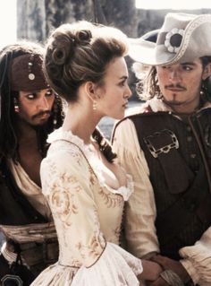 Pirates of the Caribbean: The Curse of the Black Pearl - Jack Sparrow, Elizabeth Swann and Will Turner Film Johnny Depp, Johny Depp, Captain Jack Sparrow, Jake Sparrow, Orlando Bloom, Will Turner, Film Pirates, Elisabeth Swan, Will And Elizabeth