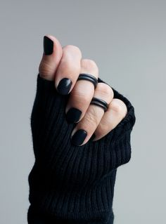 black stacking midi rings - a bold and edgy take on the midi ring trend that's comfortable enough to wear every day