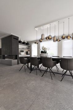 179 best Luxe Eetkamers | Hoog.design images on Pinterest | Dining ...
