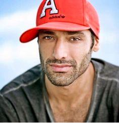 """Képtalálat a következőre: """"TAMER TIRAŞOĞLU"""" Snapback, Cape, Baseball Hats, Mantle, Cabo, Baseball Caps, Cloak, Baseball Hat, Snapback Hats"""