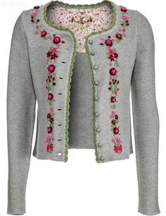 Risultati immagini per strickanleitung jacke tailliert Wool Embroidery, Embroidery Fashion, Hand Embroidery Designs, Embroidery Stitches, Embroidery Patterns, Knitting Patterns, Estilo Popular, Folk Fashion, Embroidered Clothes
