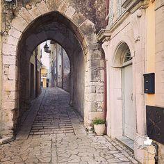 Paesaggi Irpini. Porta Fontana era una delle due porte che consentivano l'accesso all'antico borgo medievale di Casalbore, il castello, infatti,…