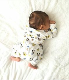 Trendy baby pictures ideas one ideas Cute Little Baby, Baby Kind, Little Babies, Baby Love, Baby Baby, Foto Baby, Cute Baby Pictures, Everything Baby, Cute Baby Clothes