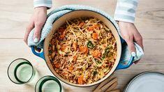 Uuniton kaalilaatikko | Pataruoat | Yhteishyvä Ethnic Recipes, Food, Hands, Essen, Yemek, Meals