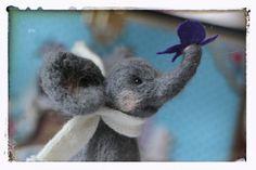 needle felted elefant