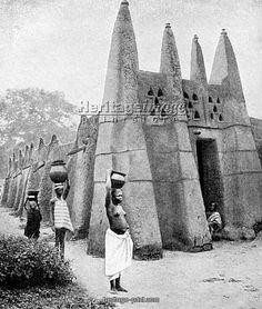 Ashanti architecture 1922, Ghana