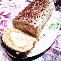 Рулет с кремом и манго Мне в Москве рассказали злободневный анекдот: «Официант подходит к гостям в ресторане и спрашивает: с блюдом что-то не так, почему вы его не фотографируете?!». Давайте приготовим десерт, который точно все гости захотят сфоткать — рулет с пышным кремом. Это особый вид сладкого, который готовится очень просто, но хитрость в том,...