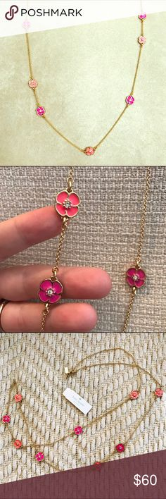 """Kate Spade flower necklace - gold pink peach - NWT This gorgeous Kate Spade necklace is 40"""" long (20"""" drop), featuring gorgeous pink/peach cherry blossoms strung amongst a 14K gold fill chain. Perfect piece to dress up any Spring/Summer look! 🌸NWT!🌸 kate spade Jewelry Necklaces"""